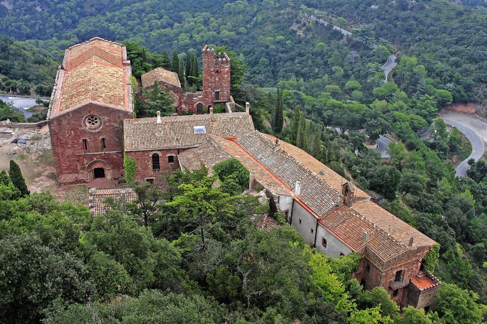 Castell d´Escornalbou - La vila de Riudecanyes